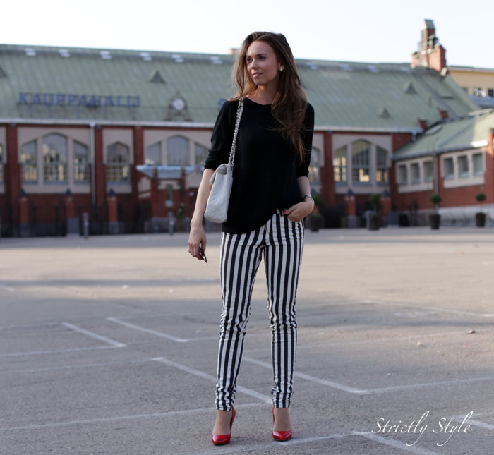 striped pants red pumpsIMG_0622