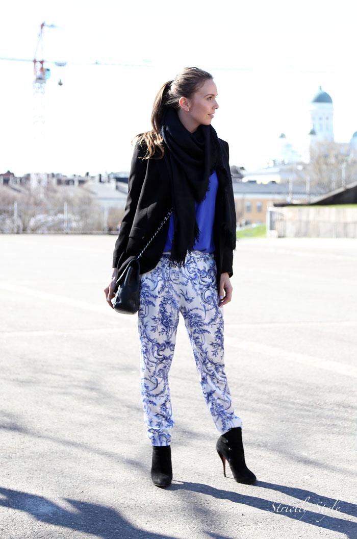 uspeskin katedreaali blue white printed pantsIMG_0470