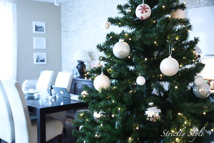 joulukoristeitaimg_9341parasmuotiblogiparhaatmuotiblogit