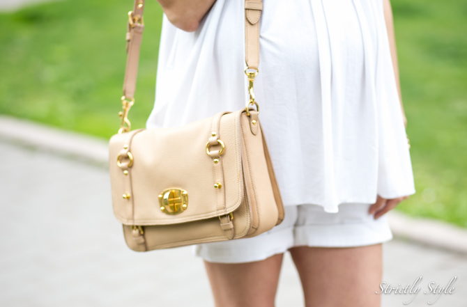 maternity style white shorts outfit-1862