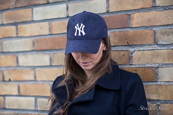 maternity style navy ny cap slip on sneakers-0371
