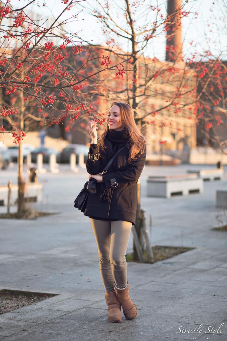 gucci coat-2011