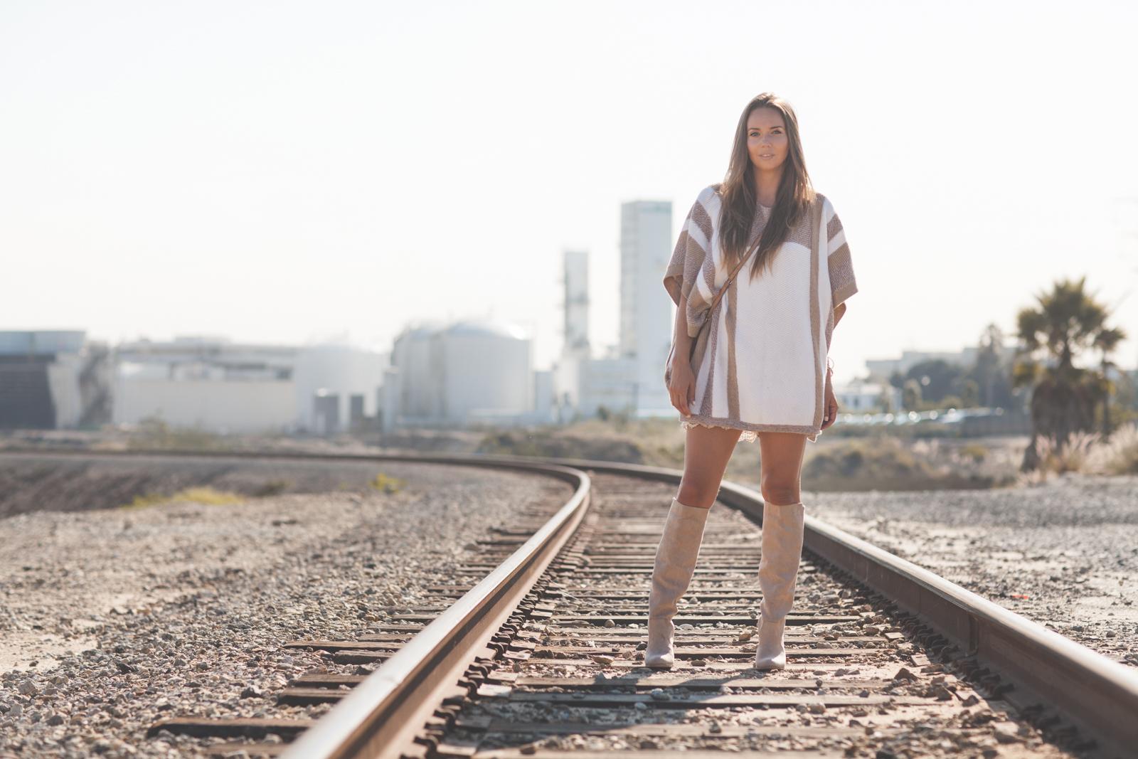 railroadponchoboots-9729