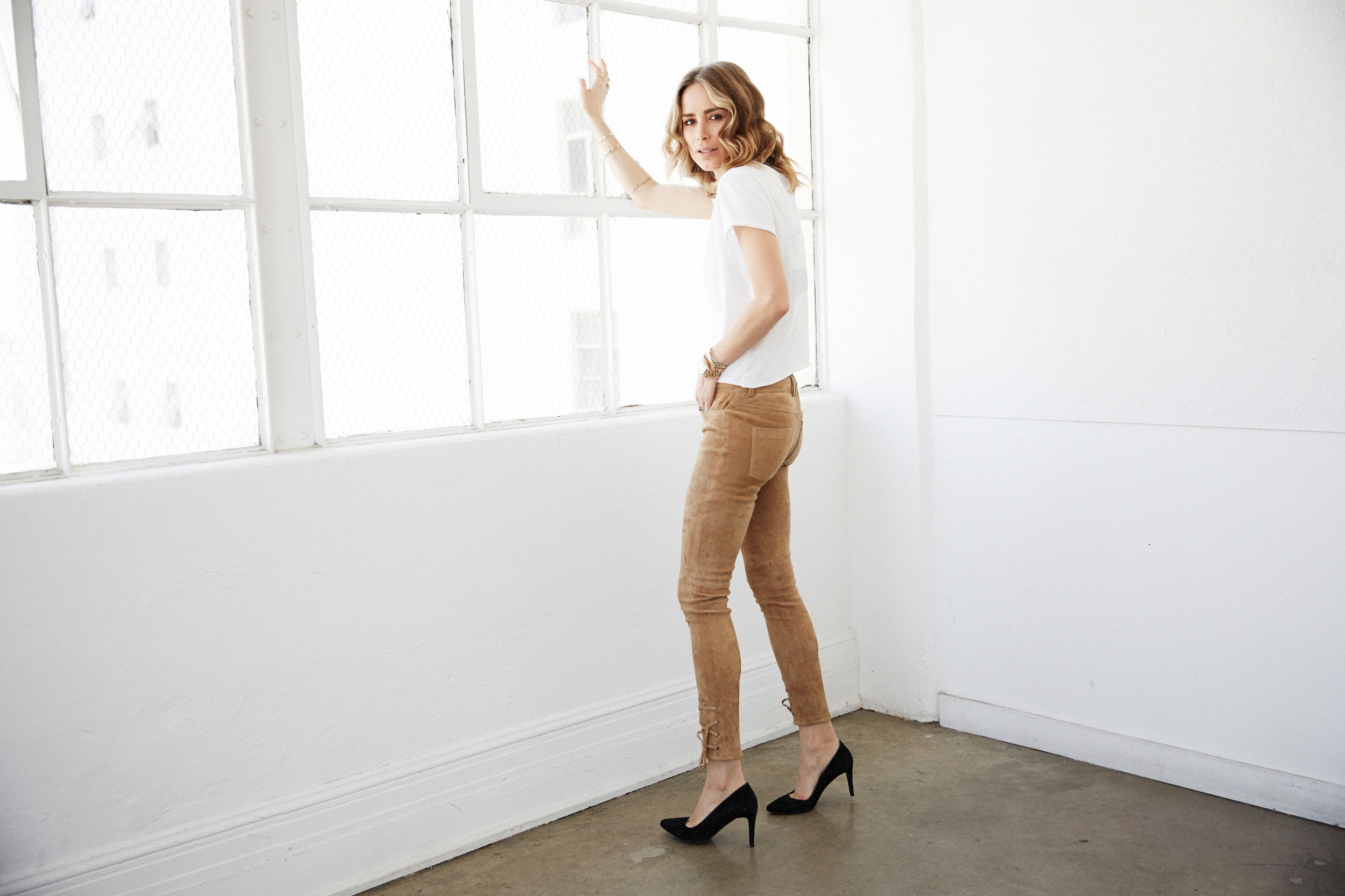 anine-bing-outfit-suede-pants-2