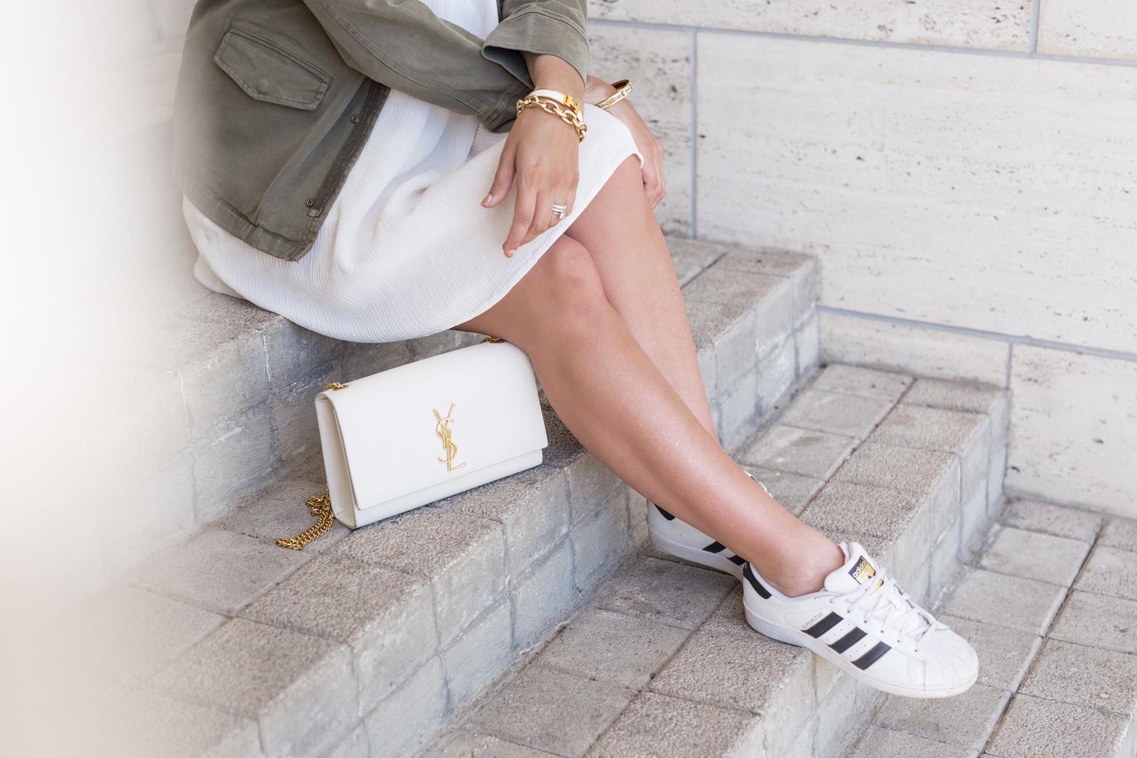 valkoinen mekko tapiola-7855